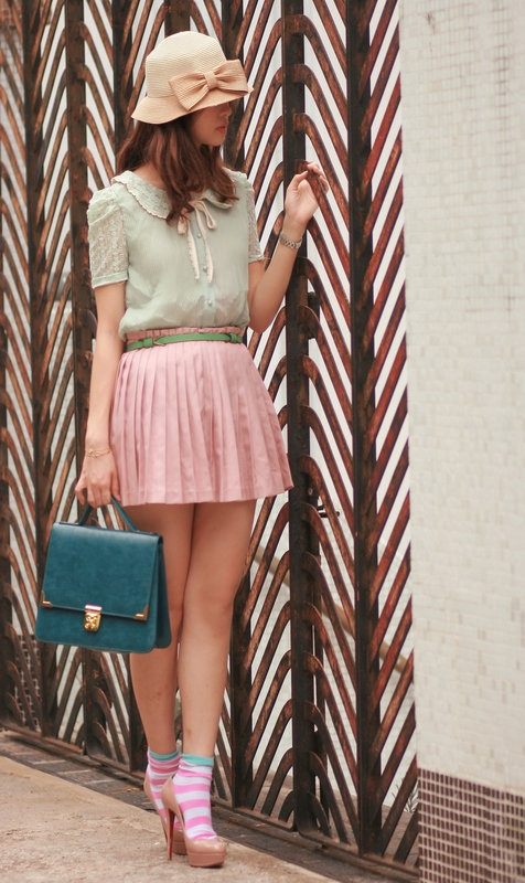 pale link + mint look so pretty~: Fashion Skirts, Pale Pink, French Pink, Pink Idea, Ladylike Pin