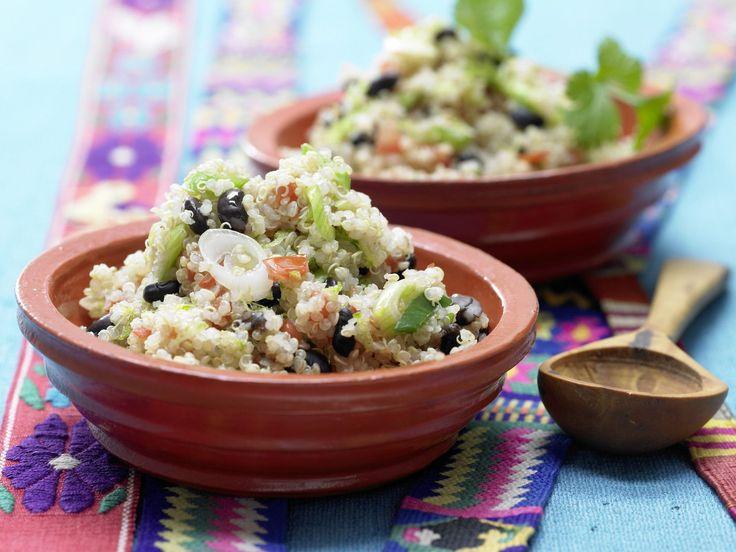 Mexikanischer Quinoa - mit Tomate und schwarzen Bohnen - smarter - Kalorien: 297 Kcal - Zeit: 35 Min. | eatsmarter.de