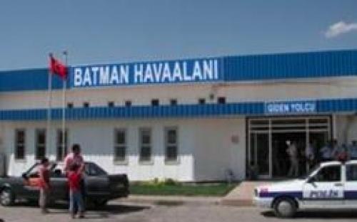 Batman Havaalanı Anlık Uçuş Seferlerini sorgulayabilir, ucuz batman uçak bileti satın alabilirsiniz.