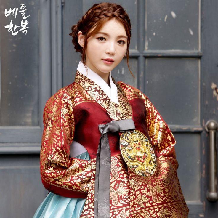 봄한복의 꽃은 퓨전스타일의 한복이라고 생각하셨죠~?! 물론.. 솔직히 그 말도 틀린것은 아니지만 전통한복...