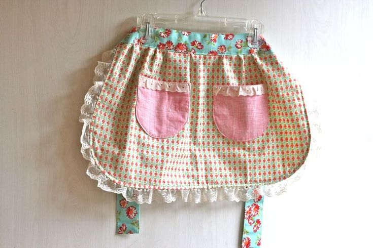 ,Adorable Aprons, Half Aprons, Delantal, Vintage Aprons, Shabby Chicks, Aprons Photos, Crafts Lucy'S, Aprons Aprons, Sewing Aprons