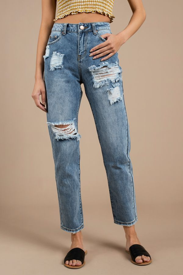 Trendy Ideas For Summer Outfits   A pair of jeans with a relaxed fit should  be a staple in any wardrobe. Featuring 751c66d38340