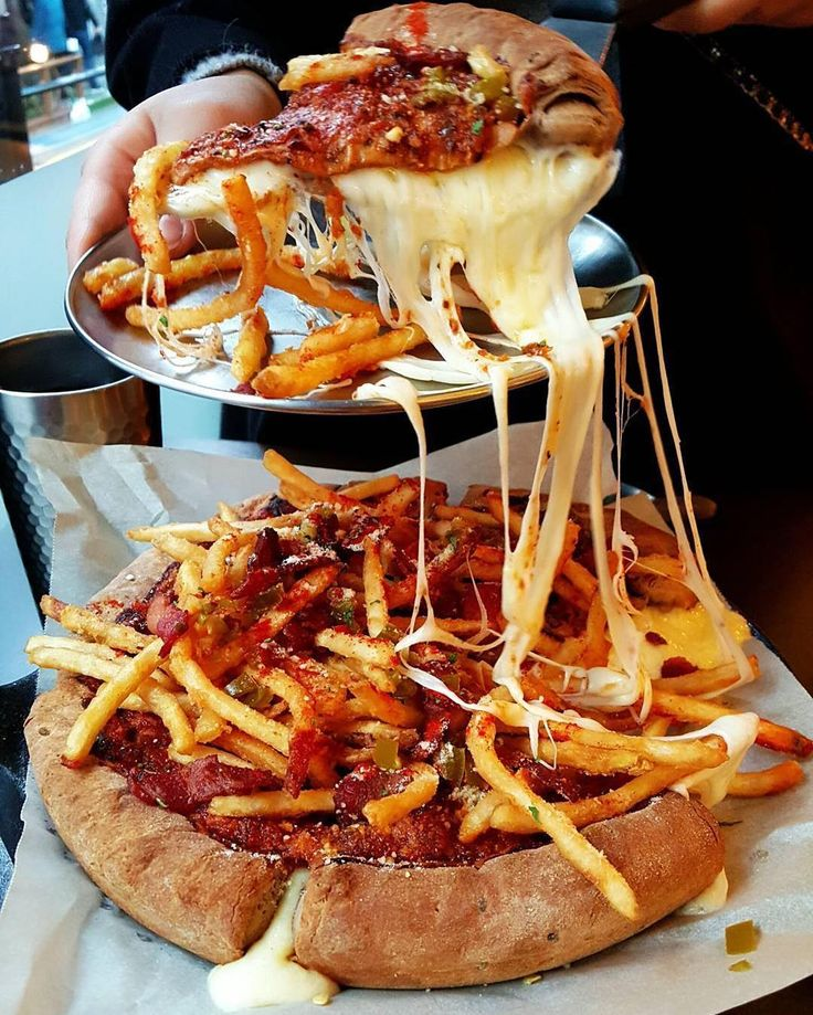 f00ds-ftw:  livingme88:  Chicago style pizza topped with FRIES  NEED  #tryitordiet : @ok.ok.2  TAG YOUR FRIENDS  by tryitordiet http://ift.tt/1phFfRO  Follow me for more at http://fuckinghotdudes.tumblr.com/