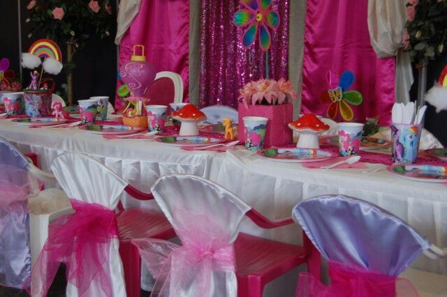 My Little Pony table setting