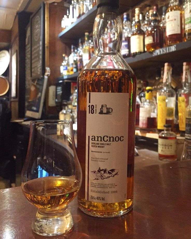 A delicious highland whisky from Knockdhu. Bourbon and sherry casks give Ancnoc 18 honey and spice delicious! #milroysofsoho #ancnoc