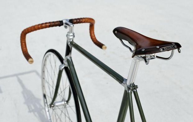 hello, perfect bike. | via Cool Hunting