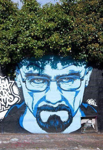 Noooo ma che figata heisenberg on the wall!!!