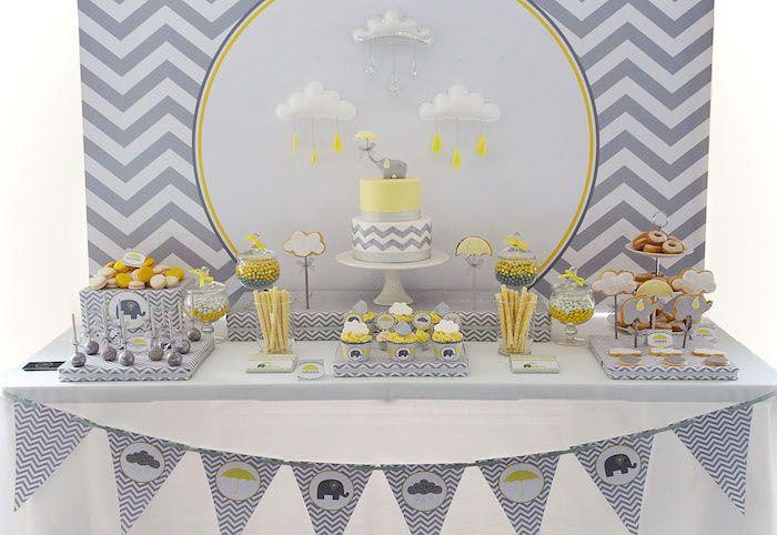 Linda mesa decorada para festa do elefantinho