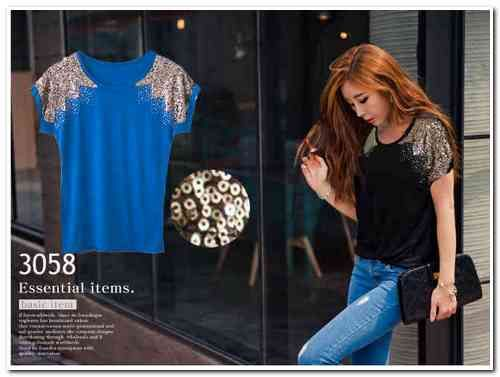 Sexy Sequins Top Bahan: Cotton + sequins Size: Fit up to XL Harga Eceran: Rp 75.000