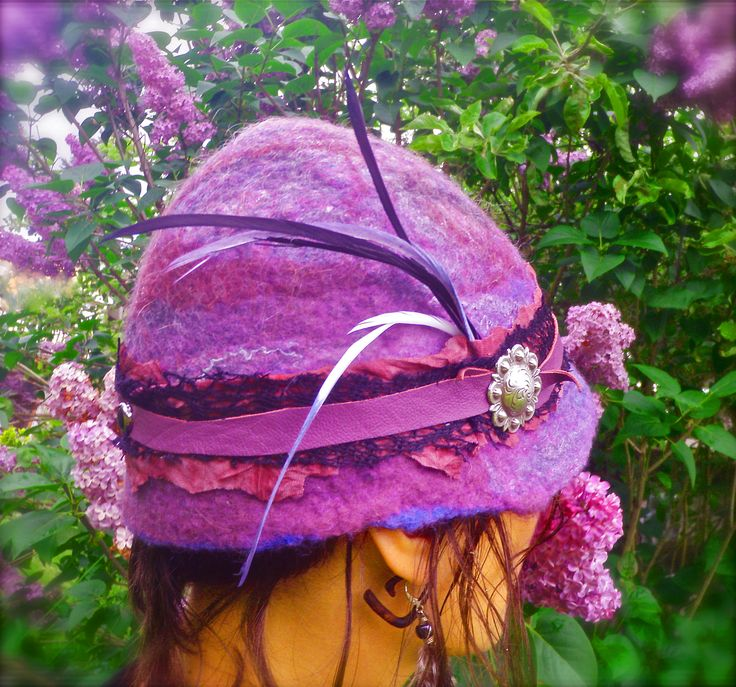 Lilac love…spring is coming with this bright purple felted cloche hat.  Hand dyed merino wool and wet felted by hand….one of a kind.
