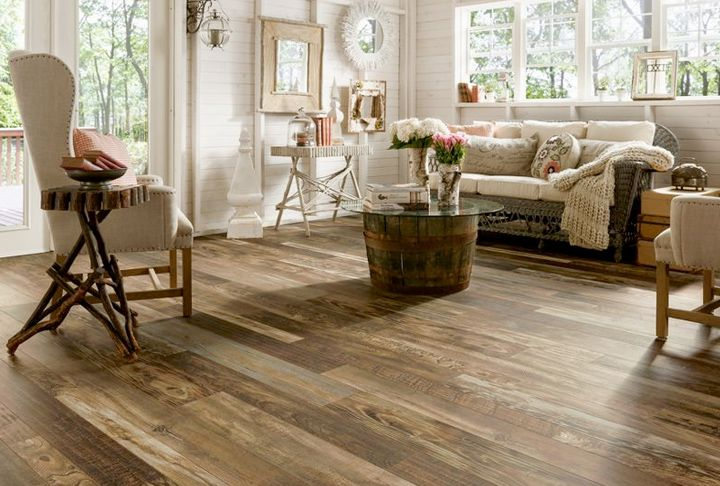 Compare Hardwood and Laminate Flooring by Bruce Flooring