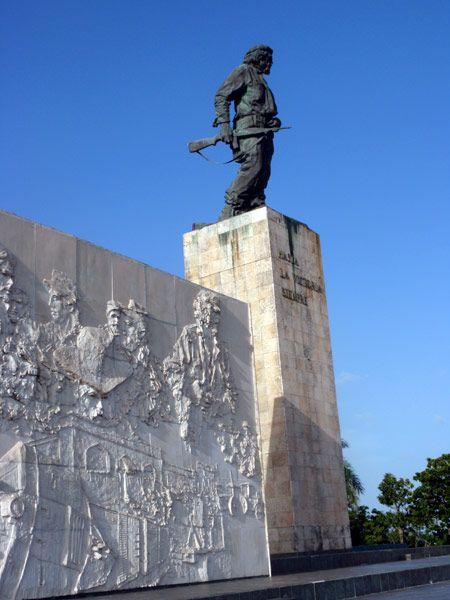 Mausoleo del Che Guevara en la ciudad de Santa Clara en #Cuba
