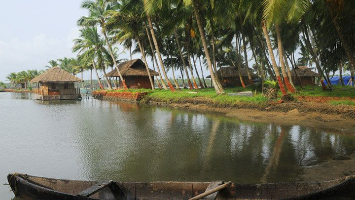 Chithari - a small tropical island:- Green and beautiful, a little effaced by the historic Bekal Fort and beach, Chithari is still a virgin destination. The island is accessible only by boat,this backwater area has all it takes to become a mega tourist destination. Chithari is located 7 km from Kanhangad.Your search for information on anything and everything related to ‪#‎Kerala‬,Call us & book your tour@9903228000 & 9836289566 or mail us at info@zeropoint.co.in, Contact…