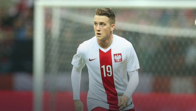 Liverpool make 9.5 million bid for Udinese midfielder Piotr Zielinski [Guardian]