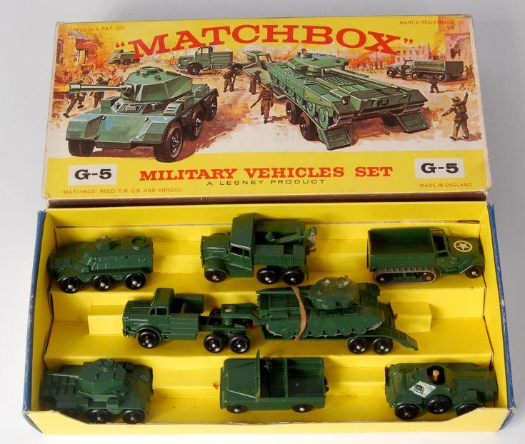 Lot 2321 Matchbox, gift set G5 175 series military