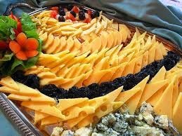 Resultado de imagen para tablas de quesos y fiambres