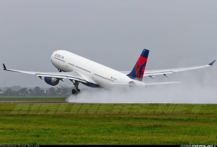 Delta Airbus A330-323X @AMS