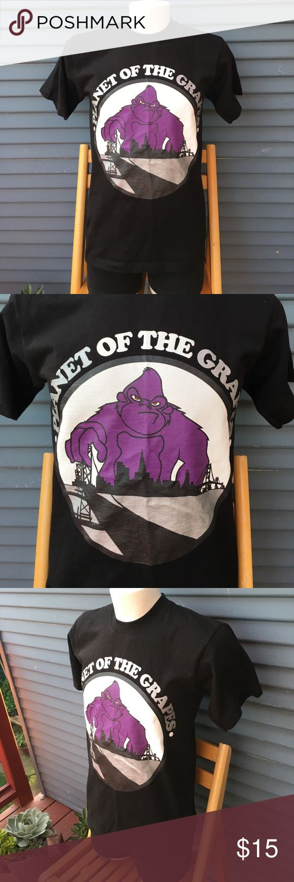 PLANET OF THE GRAPES size medium PLANET OF THE GRAPES size medium Shirts Tees - Short Sleeve
