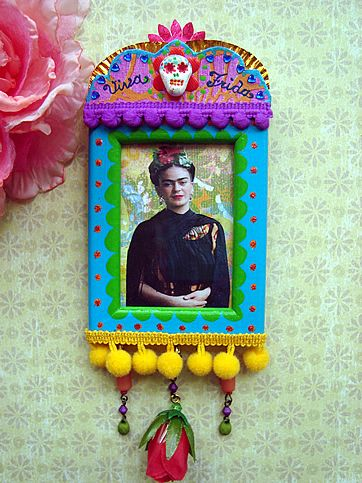 Little Frida Kahlo shrine by filzgood