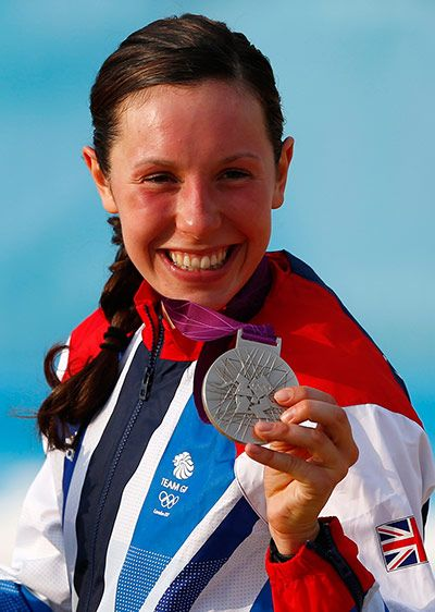 Britain's Samantha Murray holds her silver medal during the victory ceremony for the women's modern pentathlon
