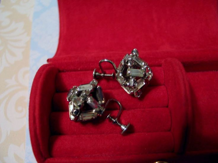 Gorgeous Vintage Screwback Earrings Clear Baguette & Round Faceted Glass Estate  #unsigned #screwback