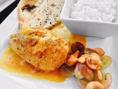 En enkel smaksrik kyllingrett. Få ingredienser men med mye smak! Styr styrken i retten selv med ...