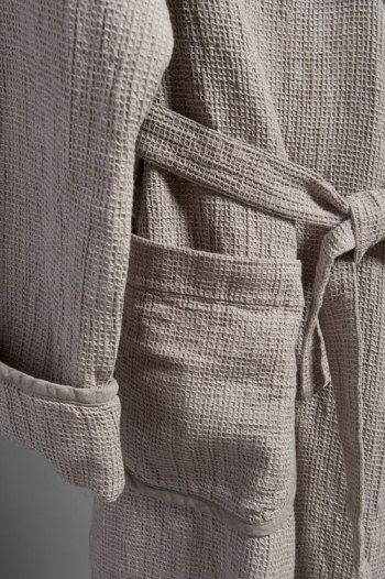 Custom sewing for men. 100% linen bathrobe wrapper by LinenSPA