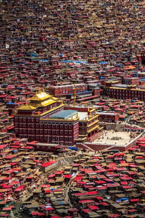The Valley of Buddha.  Want deep tibet tour? Join www.greattibettour.com