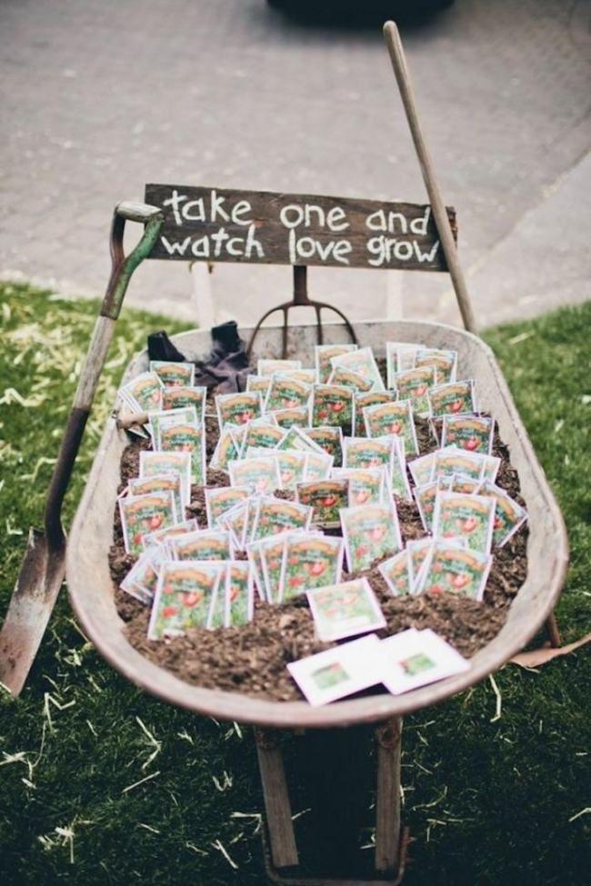 organisation mariage en plein air: idées de cadeaux pour les invités