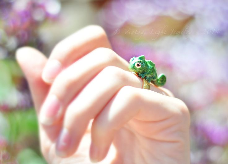 Disney Bound - Pascal ring. So cute!