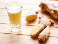 Ingwer Shot ist angesagt, gesund, aber leider auch teuer. Mit unserem Rezept kannst du den Immun-Booster für wenig Geld selber machen.