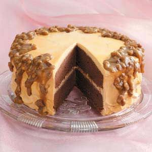 @Nina Losch - here is the cake for Rocco! I will e-mail it to you too :) Caramel Chocolate Cake