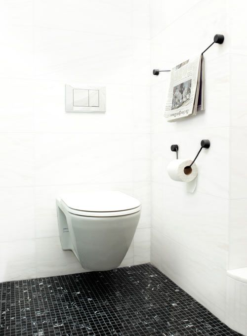 Josh Owen teamed up once again with Kontextür to develop some products for Fall and my favorite is The Hanging Line, which is basically a new minimalist alternative to toilet paper roll holders, but can be used for so much more.
