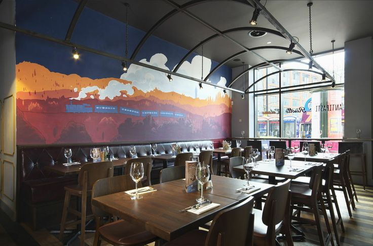 Featuring design work by Ricardo Bessa, inspired by Piccadilly station | Zizzi Manchester Piccadilly, 2014