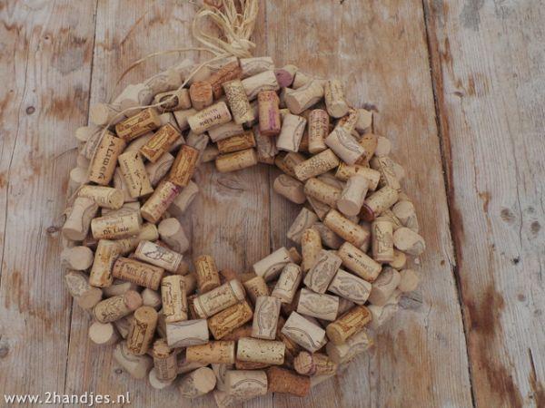 krans van wijnkurken