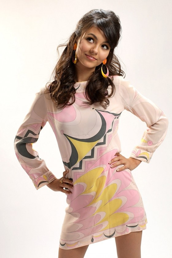victoria-justice....love want the dress...too cute!