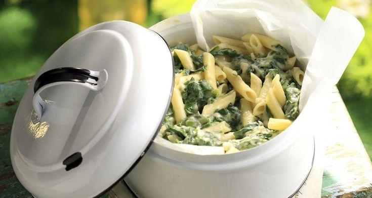 Ζυμαρικά με σάλτσα από σέσκουλα και φρέσκα κρεμμυδάκια | Άκης Πετρετζίκης