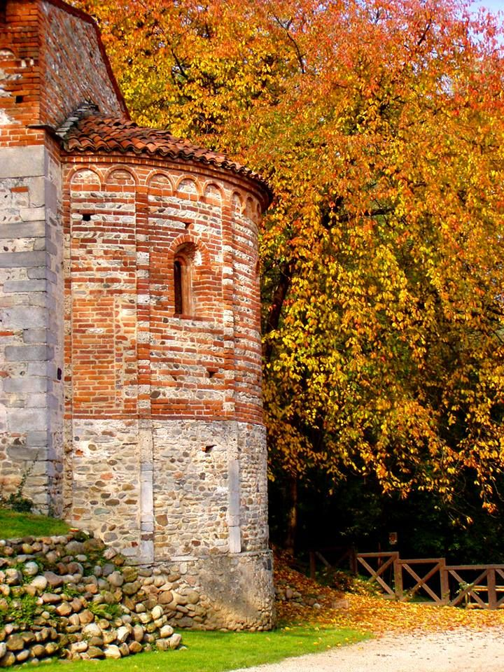 Monastero di Torba Gornate Olona, Varese E-mail: faitorba@fondoambiente.it - See more at: http://www.fondoambiente.it/beni/Index.aspx?q=monastero-di-torba-#sthash.CbiSmL8c.dpuf