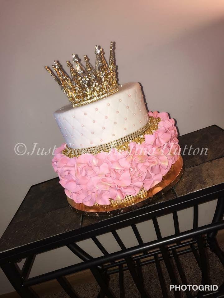 Astounding Best 12 Glamorous Crown Tiara Cake Skillofking Com With Images Funny Birthday Cards Online Necthendildamsfinfo