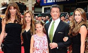 It's been exactly one month since his son Sage died so tonight Sylvester Stallone made sure he was surrounded by his loving family.