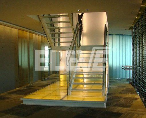 10 mejores im genes sobre escaleras con estructura de for Gradas metalicas para casas