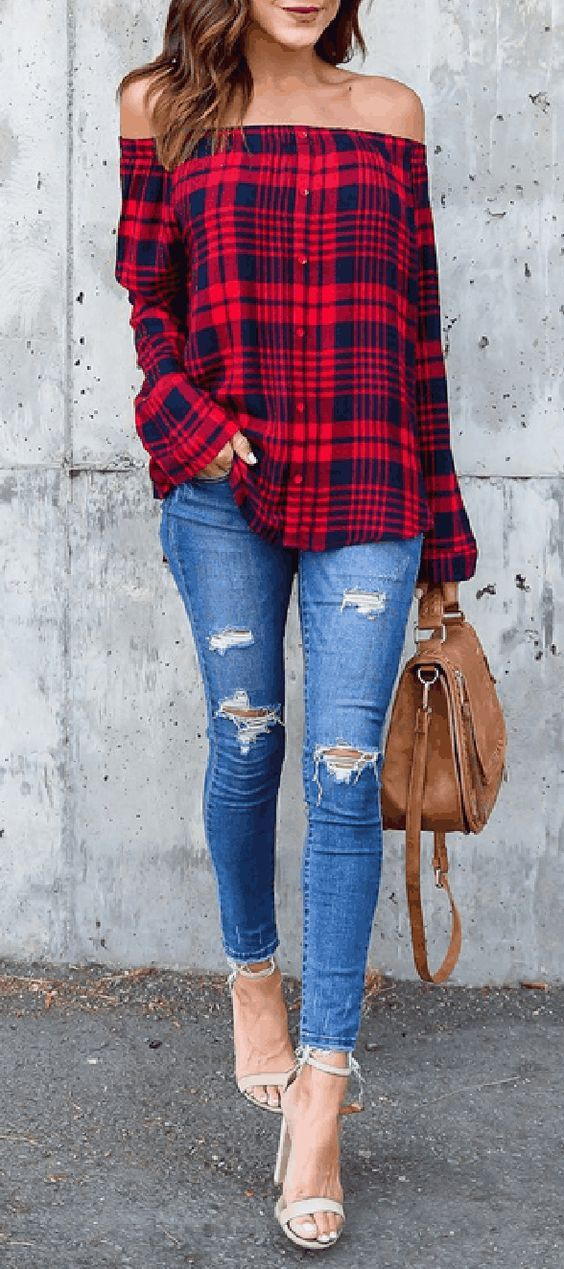Off the shoulder and flannel print. Love