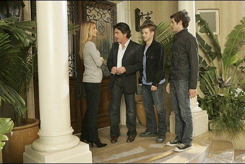 Still of Peter Gallagher, Adam Brody, Kelly Rowan and Ben McKenzie in The O.C. (2003)
