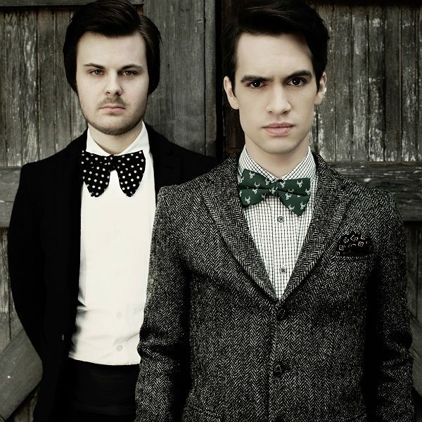 642 best images about panic at the disco on pinterest songs music videos and this is gospel. Black Bedroom Furniture Sets. Home Design Ideas