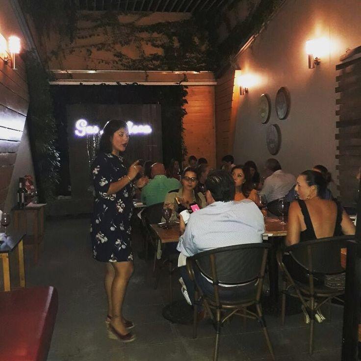 """Cata """"Con el rojo de la pasión"""" en Gastroteca Cali, dirigida por nuestra sommelier Crsitina Fuligna"""