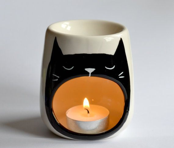 Cat Oil burner - Wax Melt - Yawning Cat - Sleep - Candle Holder - Porcelain - Tea Light - Night Light - Kitty Illustration - Wax Tart - Cats