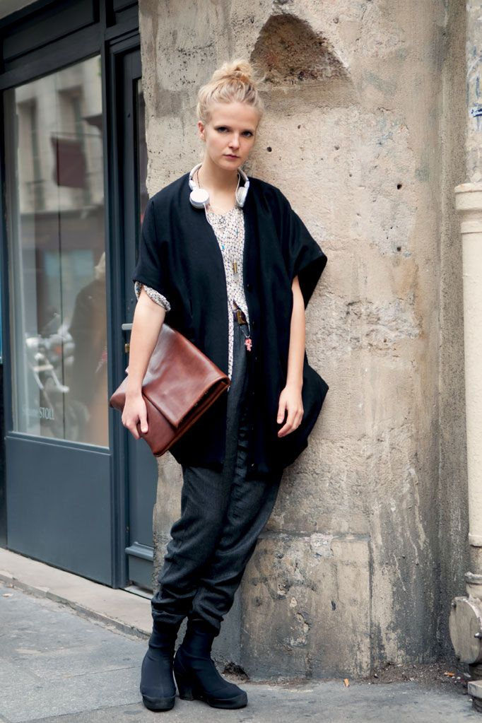 Sophie Ruthensteiner outside Limi Feu S/S 2011.  Sophie Ruthensteiner Fashion Editor #fashion