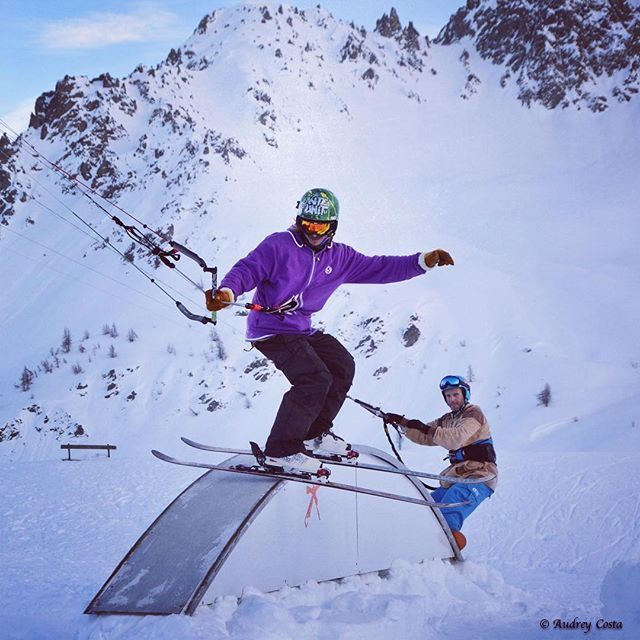 From alexrobin_kiteboardingSliding the #rainbow with my #highpass team mate @lolobsd  @flysurferkiteboarding #snowkite #snowkiting #snowkitepark #snowpark #windaddict #kiteunit #coldulautaret #uvex #kite #slider photo @odere17snowpark,highpass,kiteunit,windaddict,snowkitepark,coldulautaret,slider,kite,snowkiting,rainbow,snowkite,uvex