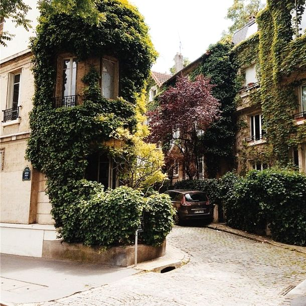 A Walk Through Southern Paris