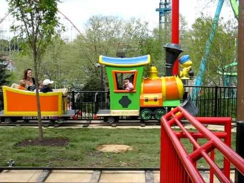 Snoopy's Junction Train Ride - Kings Island Faith Riding Snoopy's Junction @ Planet Snoopy - VIDEO